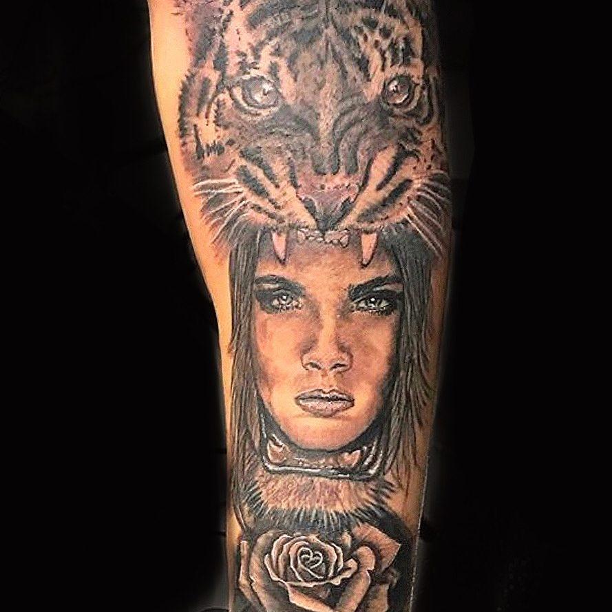 tatuajes de tigre en la cabeza